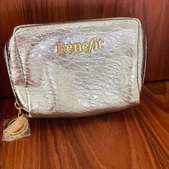 New benefit cosmetic case mint silvery color